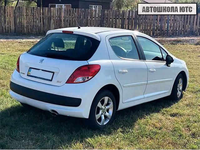 Peugeot 207 2011 Автошкола ЮТС